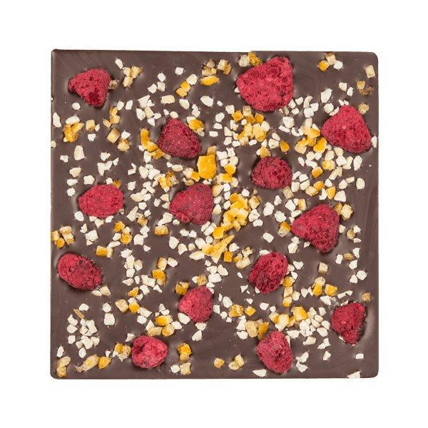 Плитка шоколада с малиной